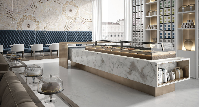 Arredamento bar arredo negozi shopgroup for Bar arredamento