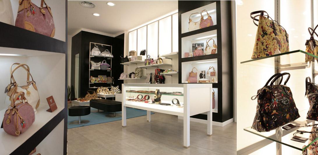 Arredamento negozio Borse e Pelletteria Montefiascone Viterbo