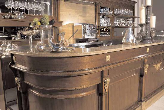 Arredamento bar classico legno roma for Arredamento per bar ristorante