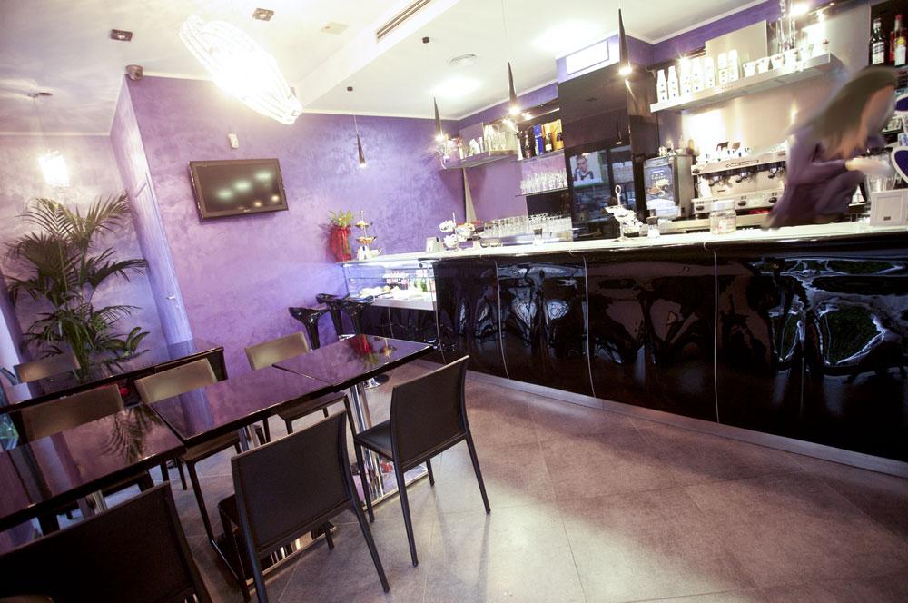 Arredo bar tavola calda roma for Arredamento moderno bar