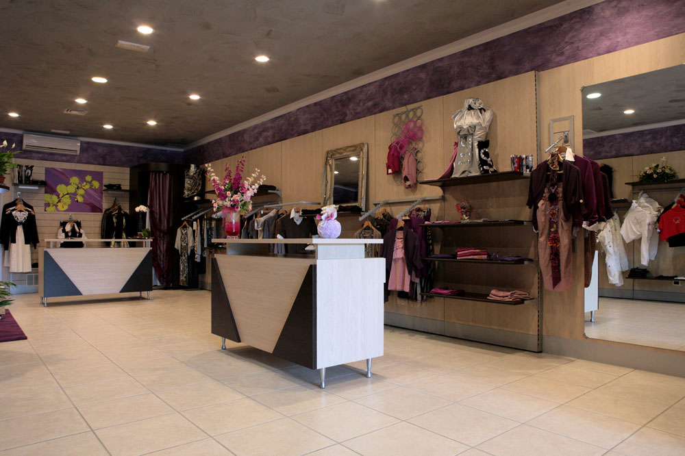 Arredamento negozio abbigliamento donna viterbo
