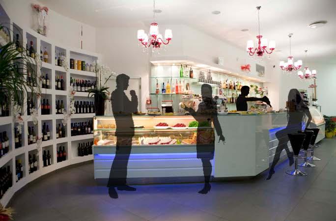 Arredamento bar moderno for Arredamento pizzeria moderno