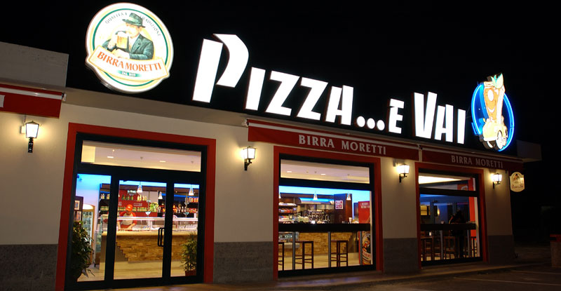 Arredamento pizzeria for Arredamento per fast food