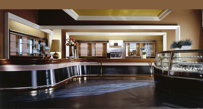 Arredamento bar roma for Arredamenti classici roma